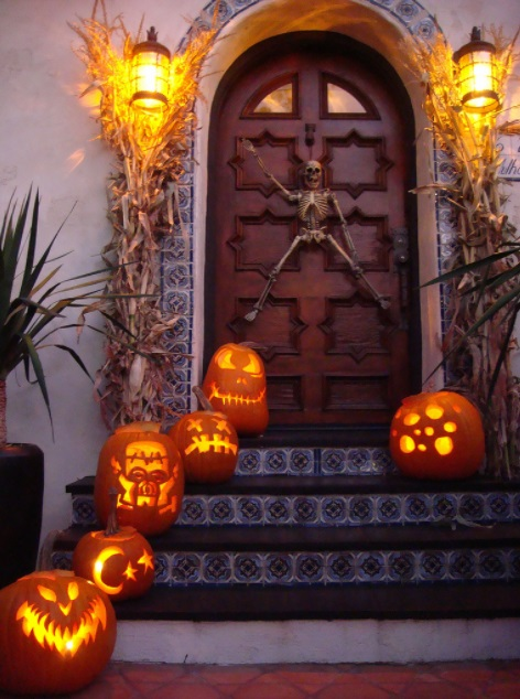 Use smart lighting for Halloween and make your house one of the coolest and spookiest on the block this year and every year to come.