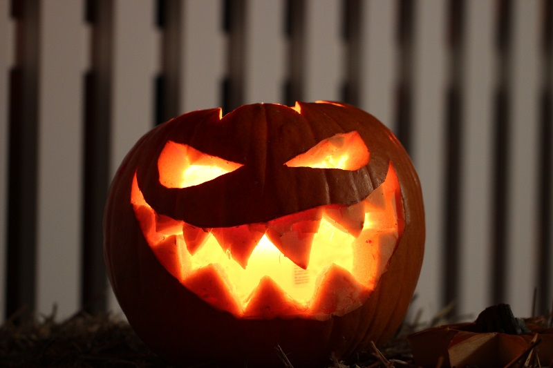 How to Use Smart Home Tech During Halloween