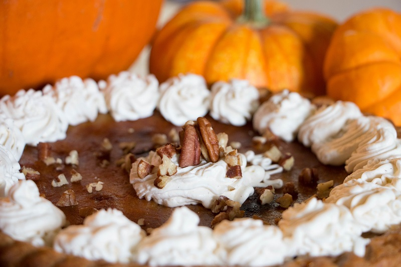 10 Thanksgiving Pumpkin Desserts to Share with Family