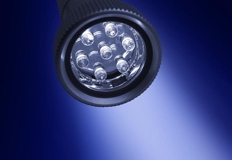 Morris Lighting Reviews A Close Up of a LED Flash Light