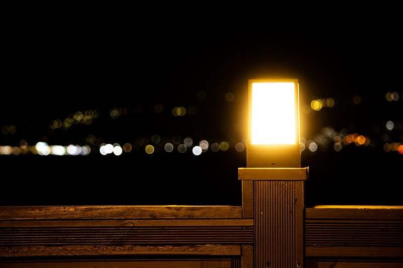 Tips for Using LED Bulbs in Enclosed Fixtures an Enclosed Fixture Outside